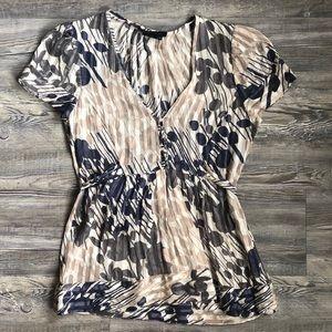 BCBGMaxAzria XS 100% Silk Short Sleeve Blouse